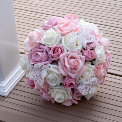 Bridemaid bouquet of pink foam roses