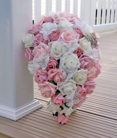 Tear drop bridal bouquet of pink foam roses