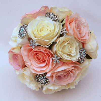 Jewelled Bouquet in Light Pink